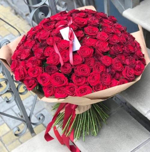 Букет Роз *Красная роза* 151 шт