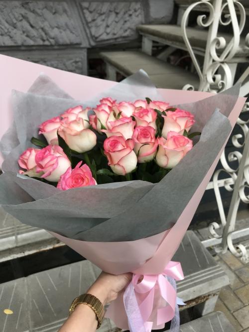 Букет Роз *Розовая роза* 19 шт. 50см