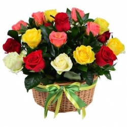 Basket *Multicolored Roses* 25 pcs.